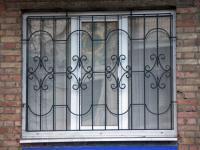 82750371_3_644x461_reshetki-na-okna-s-ustanovkoy-kiev-reshetki-na-okna-izgotovlenie-kiev-gotovye-konstruktsii